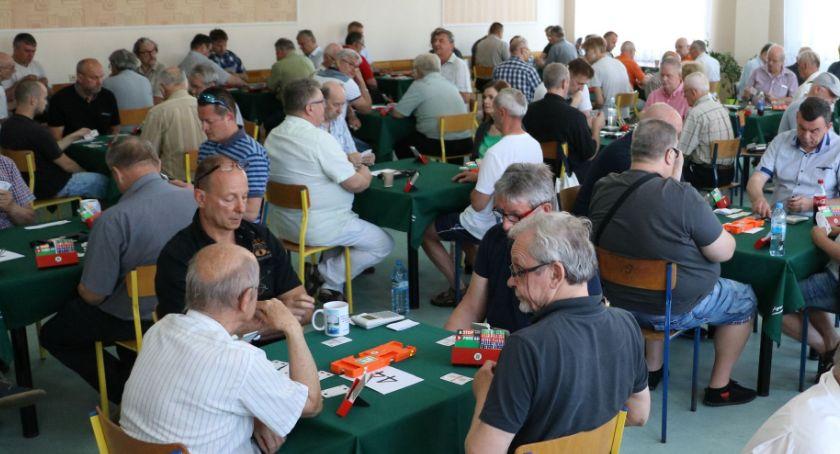 szachy brydż, Brydżyści rozegrali XXIII Otwarty Turniej Brydżu Sportowym okazji Zambrowa [foto] - zdjęcie, fotografia