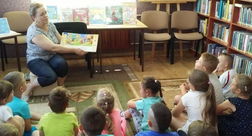 edukacja, Tydzień czytania dzieciom szumowskiej bibliotece - zdjęcie, fotografia