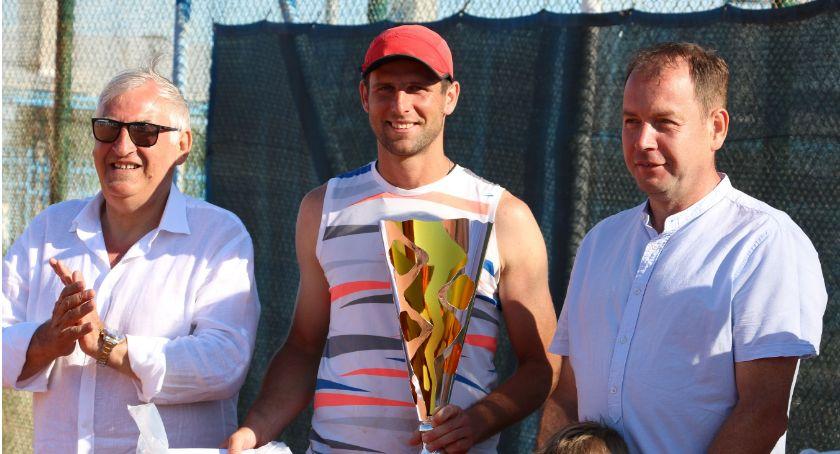 tenis ziemny tenis stołowy badminton, Paweł Dzikiewicz Białegostoku zwycięzcą Paribas Zambrów [foto] - zdjęcie, fotografia