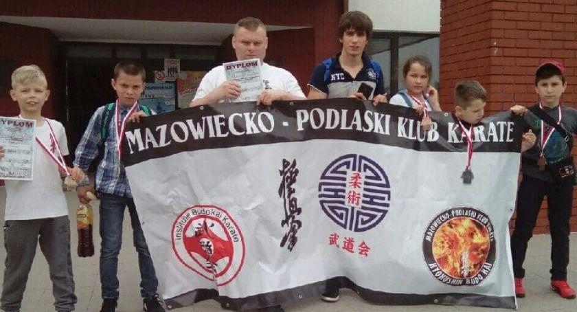 karate i sztuki walki, medali przywieźli karatecy Mazowiecko Podlaskiego Klubu Karate - zdjęcie, fotografia
