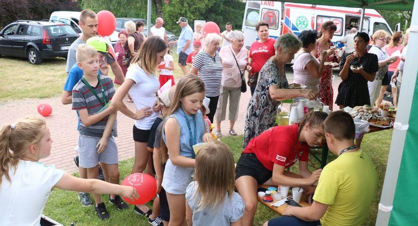 muzyka koncerty, Piknik patriotyczno rodzinny zalewem miejskim [foto] - zdjęcie, fotografia
