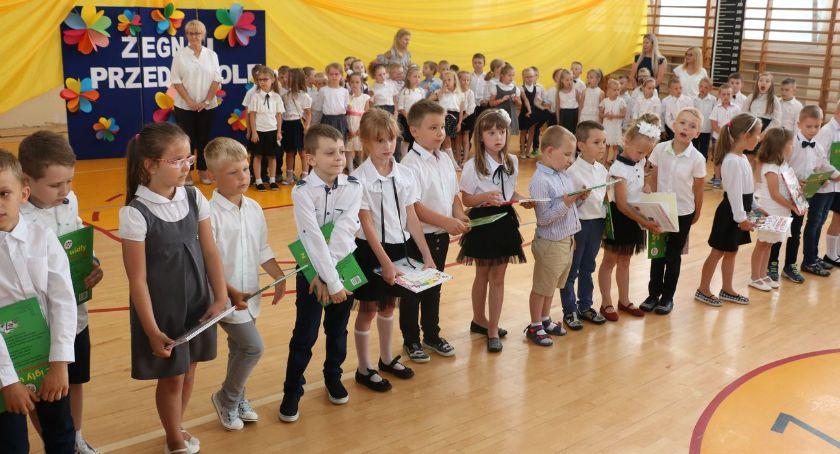 edukacja, Pożegnanie latków [foto] - zdjęcie, fotografia