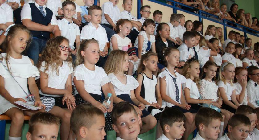 edukacja, galeria zdjęć zakończenia szkolnego 2018/2019 [foto] - zdjęcie, fotografia