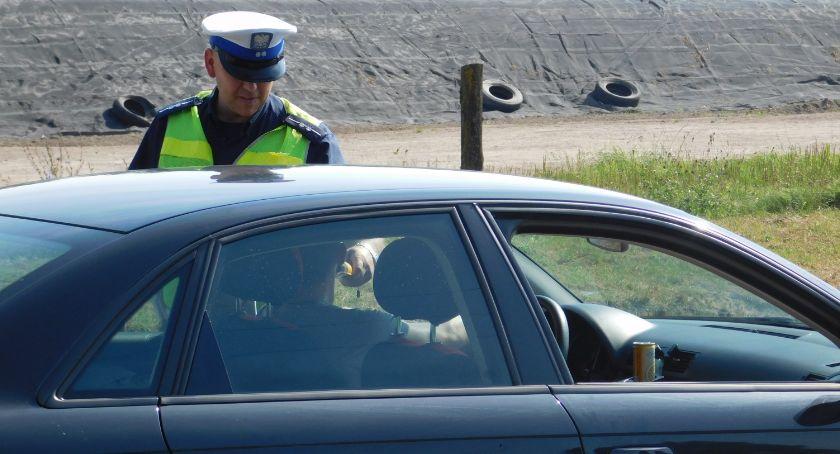 """policja, kolizje nietrzeźwych kierowców zambrowska """"drogówka"""" podsumowała długi weekend - zdjęcie, fotografia"""