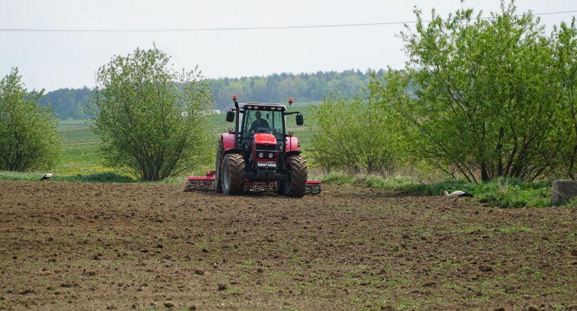 rolnictwo, podał wysokość składek kwartale - zdjęcie, fotografia