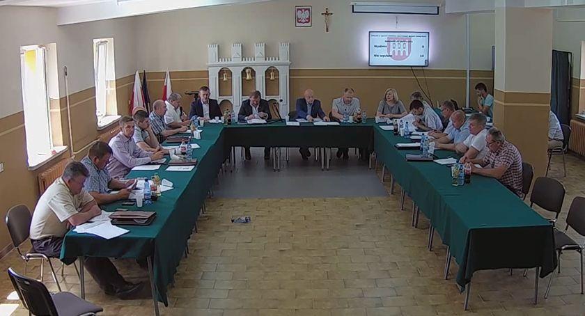Rada Gminy Rutki radni, Wotum zaufania absolutorium Wójta Gminy Rutki - zdjęcie, fotografia