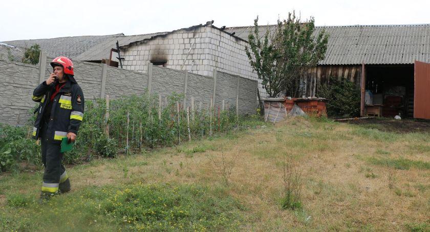 pożary i straż, zastępów strażaków walczyło ogniem Łubnicach Kruszach [foto] - zdjęcie, fotografia