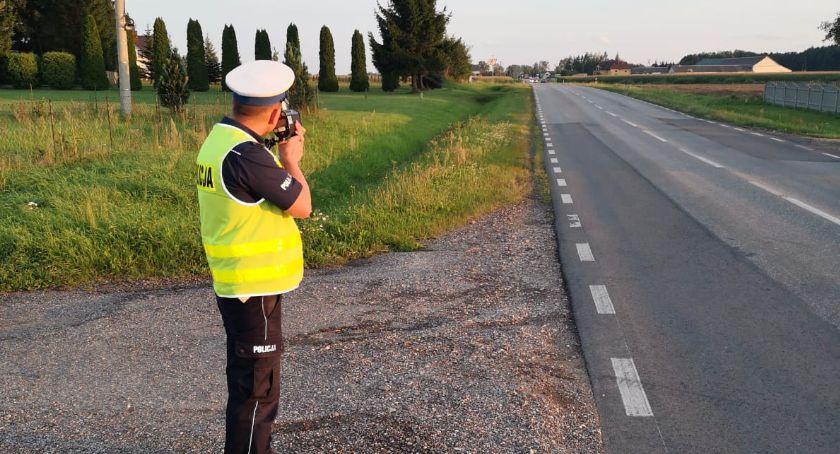 policja, Przekroczył prędkość Stracił prawo jazdy - zdjęcie, fotografia