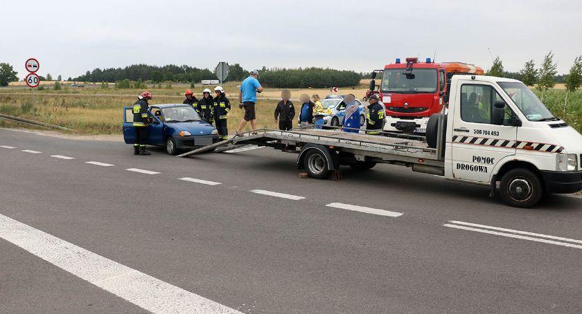 wypadki drogowe , Kolizja skrzyżowaniu niedaleko Rutek [foto] - zdjęcie, fotografia