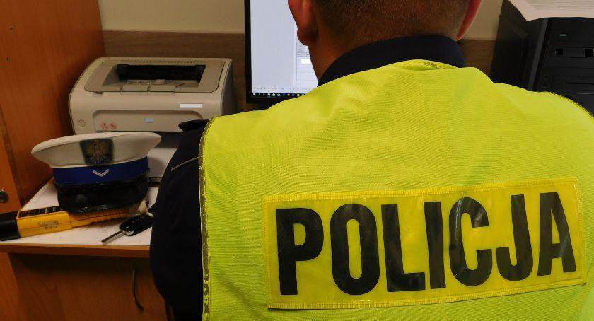 policja, Motocyklista promilami - zdjęcie, fotografia
