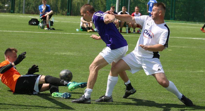 piłka nożna futsal, Powalczą miano najlepszej drużyny amatorskiej Zambrowie - zdjęcie, fotografia