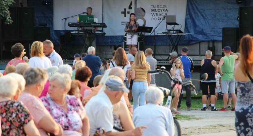 muzyka koncerty, Zapraszamy Pożegnanie Gosią Romkiem - zdjęcie, fotografia