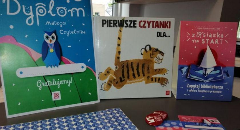 """książki publikacje, Wyprawki Czytelnicze czekają dzieci zambrowskiej bibliotece Rusza akcja """"Mała Książka Wielki Człowiek"""" - zdjęcie, fotografia"""