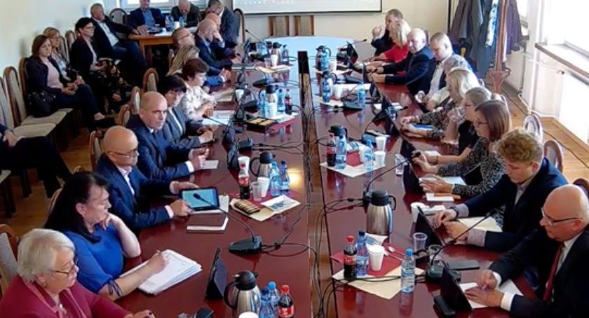 Rada Miasta Zambrów radni, Radni miejscy obradowali dziś jedenasty bieżącej kadencji [retransmisja] - zdjęcie, fotografia