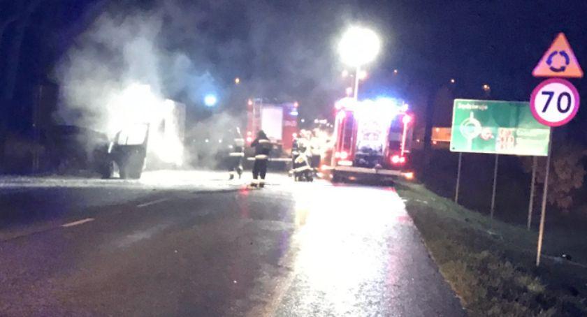 pożary i straż, Pożar samochodu dostawczego Ostrowskiej - zdjęcie, fotografia