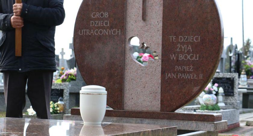religia, trzeci pogrzeb dzieci utraconych Zambrowie [foto] - zdjęcie, fotografia