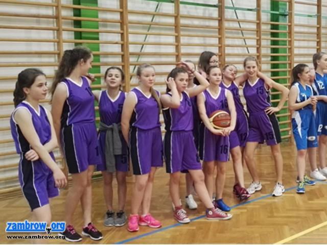 koszykówka, Wyniki Powiatowych Igrzysk Młodzieży Szkolnej koszykówce - zdjęcie, fotografia