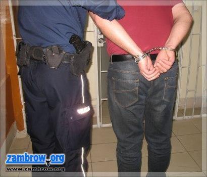 policja, Zatrzymane osoby poszukiwane listami gończymi - zdjęcie, fotografia