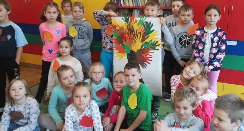 """edukacja, Dzień drzewa """"Trójce"""" - zdjęcie, fotografia"""