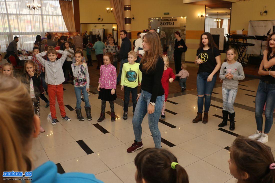 społeczeństwo, Mikołajkowa zabawa Szansą [foto+video] - zdjęcie, fotografia