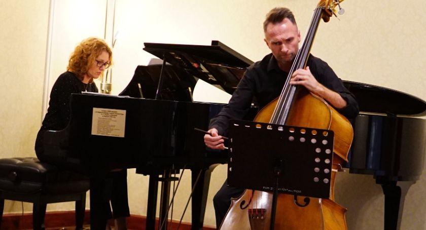 muzyka koncerty, Anikiej Kamil Łomasko wystąpili przed zambrowską publicznością [foto] - zdjęcie, fotografia