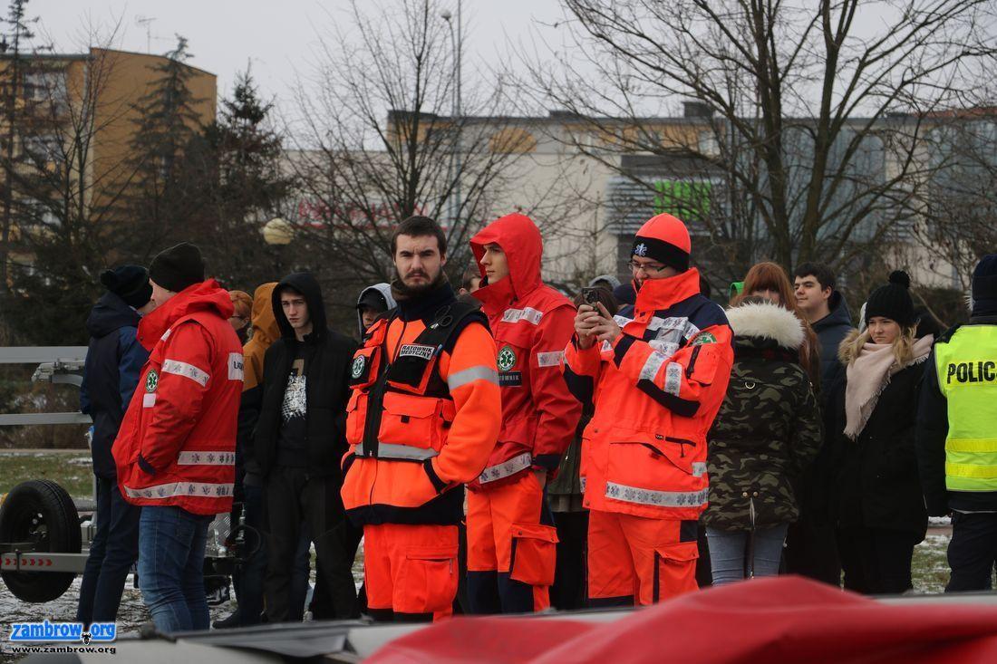 straż, Służby ratunkowe ćwiczyły zamarzniętym zalewie [foto+video] - zdjęcie, fotografia