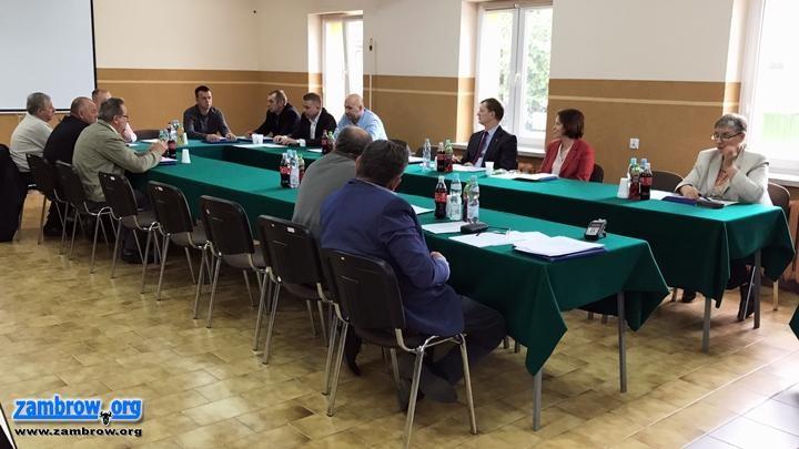 Rada Gminy Rutki radni, Jednogłośnie obradowali Rutkach [retransmisja] - zdjęcie, fotografia