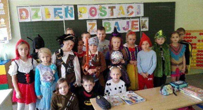 edukacja, Dzień Postaci Bajek - zdjęcie, fotografia