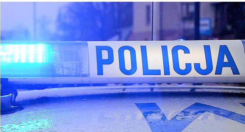 policja, Zatrzymani posiadanie marihuany - zdjęcie, fotografia