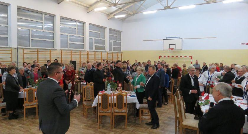 uroczystości obchody, Dzień Seniora Kołakach Kościelnych Świętowali najstarsi mieszkańcy gminy - zdjęcie, fotografia