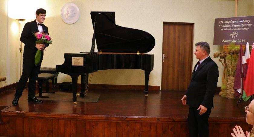 muzyka koncerty, Recital Cezarego Karwowskiego [foto] - zdjęcie, fotografia