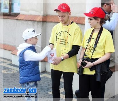 świąteczne, Dziś obchodzimy Międzynarodowy Dzień Wolontariusza - zdjęcie, fotografia