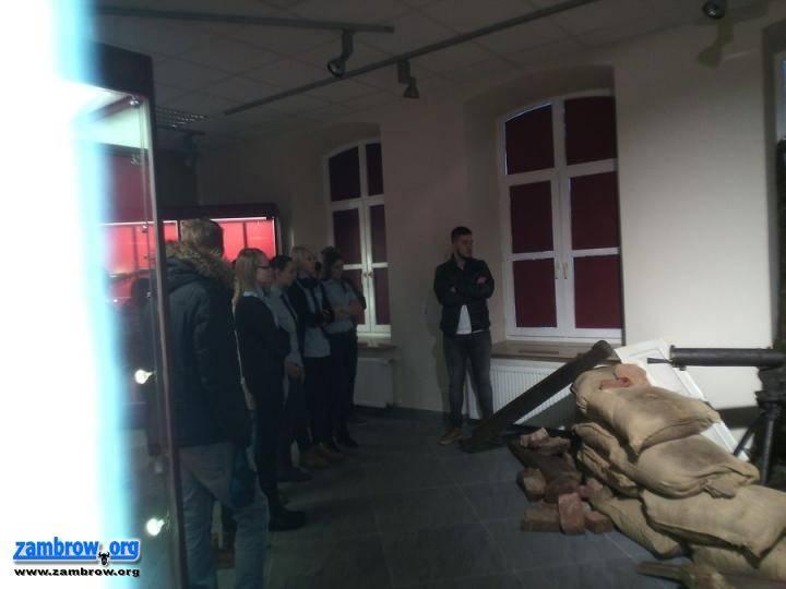 edukacja, Adepci policji wizytą - zdjęcie, fotografia