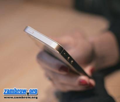artykuł sponsorowany, Abonament telefonem - zdjęcie, fotografia