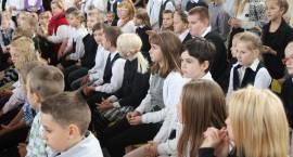 Uroczystości Dnia Nauczyciela w Zambrowie [foto z 4 szkół]