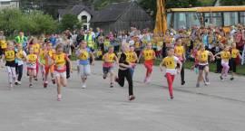 Biegając obchodzili 94. rocznicę urodzin św. JP II [foto + video]