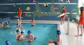 Uczniowie klas I-VI szkół podstawowych – w ferie darmowe wejścia na basen