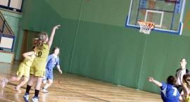Drugi dzień Wielkanocnego Festiwalu Koszykówki [wyniki + foto]