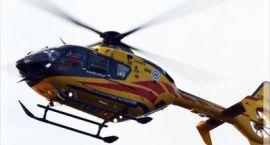 18-latek wjechał w drzewo. Śmigłowiec przetransportował go do szpitala