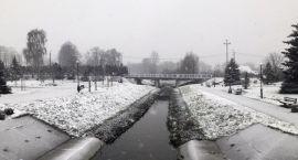 Początek zimy w Zambrowie. Spadł pierwszy śnieg
