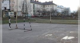Nie będzie nowych miejsc parkingowych za urzędem?