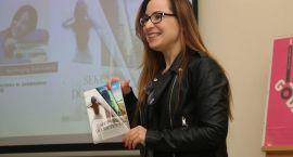 Spotkanie autorskie z Anetą Zamojską w Zambrowie [foto]