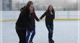 Harmonogram bezpłatnych zajęć sportowych na lodowisku