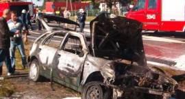 W wypadku koło Szumowa spłonęły dwa samochody osobowe