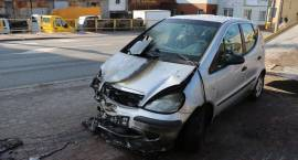 W Zambrowie na parkingu spłonął samochód [foto]