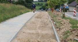 Trwa przebudowa ul. 71. Pułku Piechoty oraz budowa nowych miejsc parkingowych [foto]