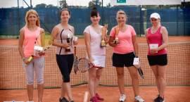 Rywalizowali w dwóch turniejach tenisa ziemnego