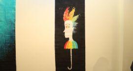 """Wystawa batików w """"Labiryncie"""" otwarta [foto]"""