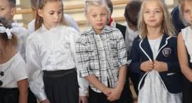 """Pasowanie pierwszoklasistów w """"Piątce"""" [foto+video]"""