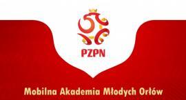 """""""Mobilna Akademia Młodych Orłów"""" - bezpłatne szkolenie piłkarskie w Zambrowie"""